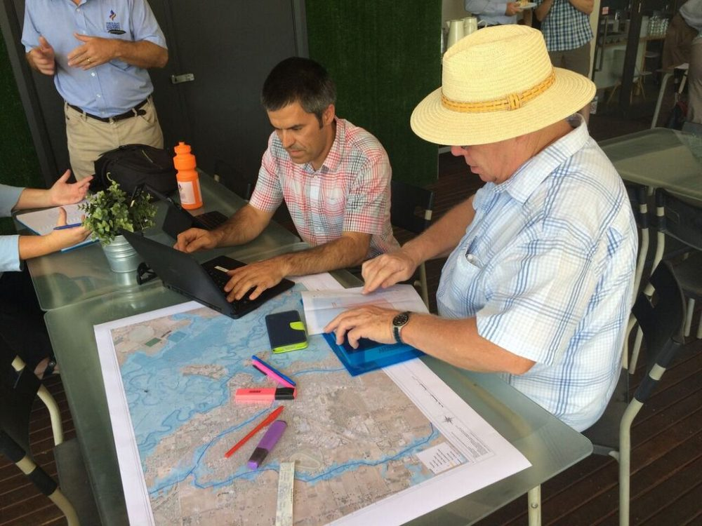 A study commissioned by North East CMA and Rural City of Wangaratta reviewed flood mapping for Wangaratta urban waterways. North East CMA floodplain specialist Tim Loffler gathers data for the study